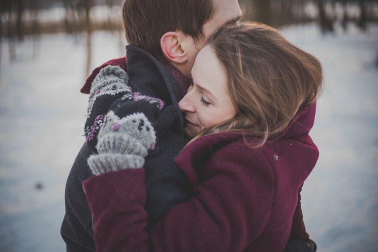 romance-couple-1209046_960_720-768x512