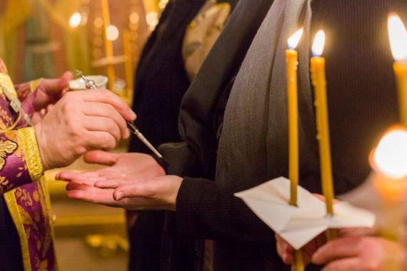 Приглашаем принять участие втаинстве Елеосвящения (соборования)
