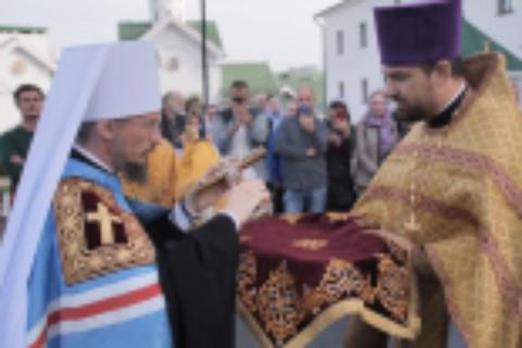Митрополит Вениамин совершил первую соборную Литургию вглавном храме Минска вкачестве Правящего архиерея