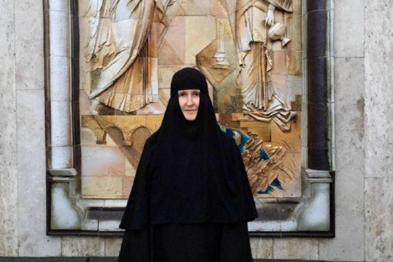 Монахиня Ольга— келейница, находившаяся рядом смитрополитом Филаретом вего последние годы: «Владыка очень любил людей»