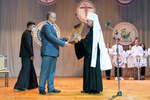 Митрополит Вениамин посетил Белорусский государственный медицинский университет